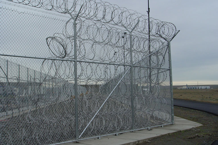 Large Chain Link Fence - Install